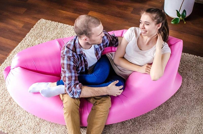 Быстрый надувной диван