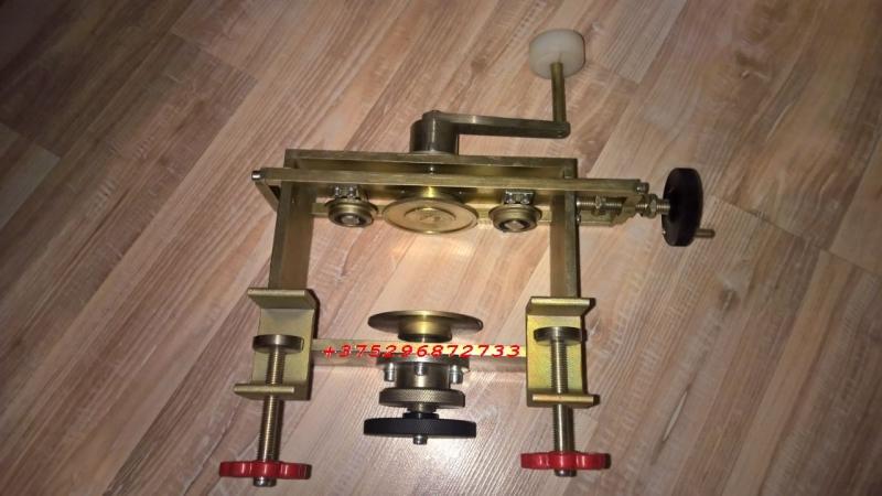 Консервная машинка ручная для закатки банок жестяных