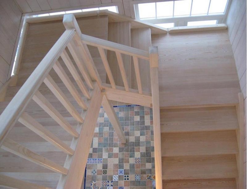 Лестница в дом, на дачу