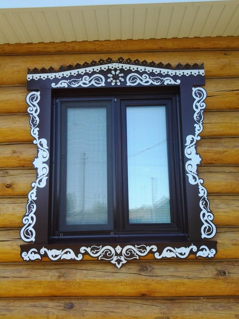 Декоративные наличники на окна из металла
