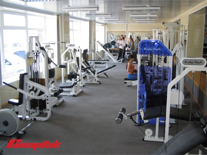 Фитнес-клуб и магазин спортивного питания