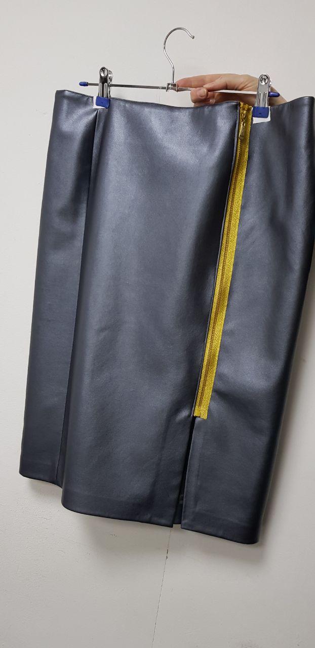 Продам юбку из искусственной кожи