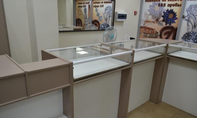 Мебель для ювелирного магазина