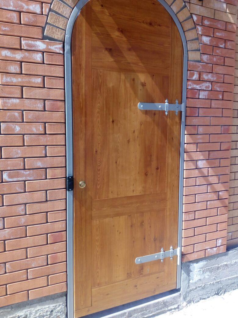 Дверные блоки из МДФ и массива хвойных и твердых пород древесины