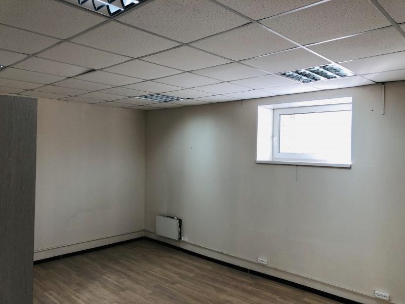 аренда офиса 30 кв м.+ 25 кв м. рядом с метро