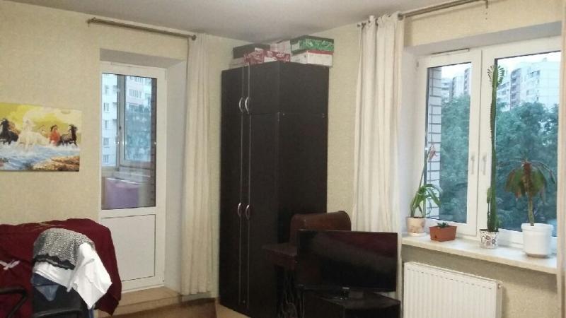 1-к квартира, 35 м2, 3/14 эт. в отличном состоянии, окна в тихий зеленый двор.