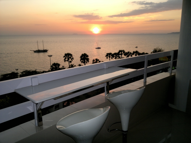 Студия с фронтальным видом на море, Паттайя, пляж Джомтьен