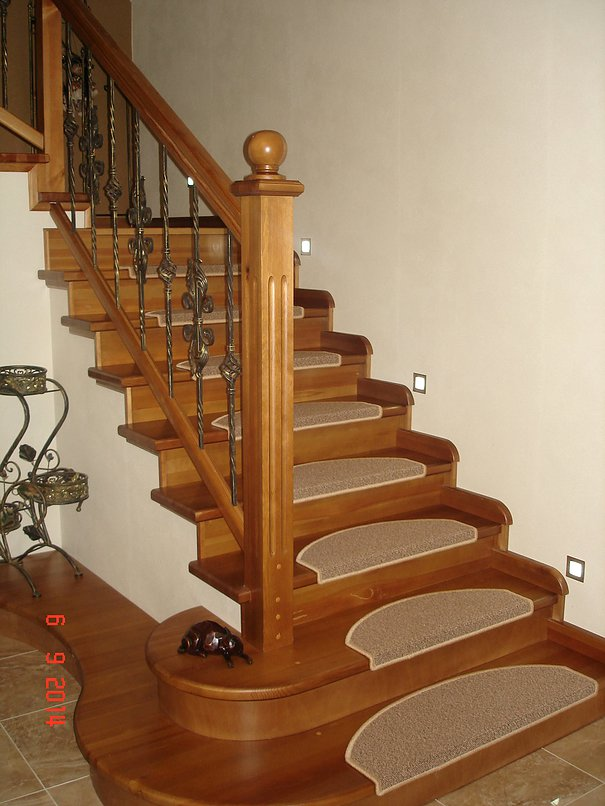 Коврики для лестницы