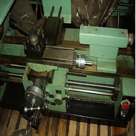 Станок токарный МС03