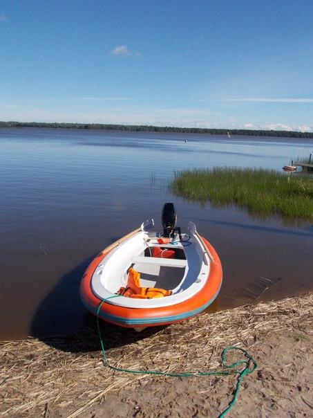 парусно гребная лодка лагуна