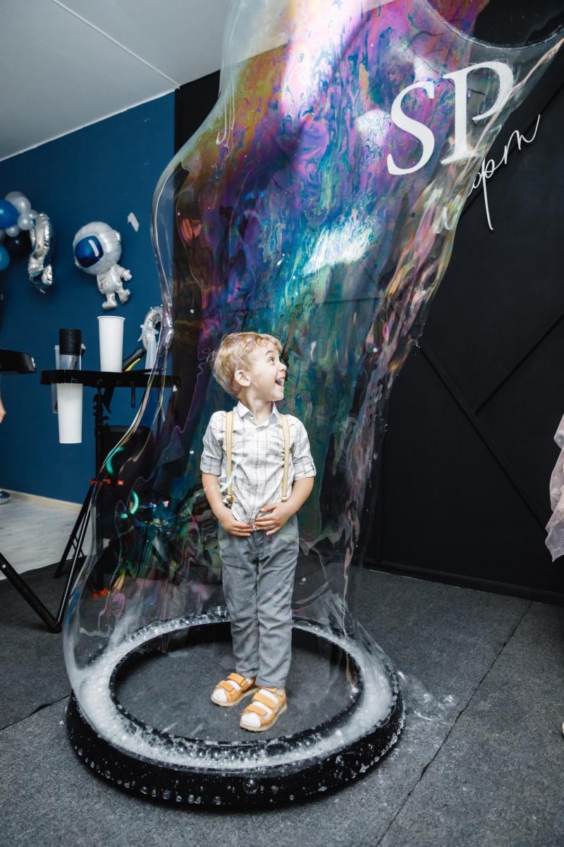 Шоу мыльных пузырей FridShow