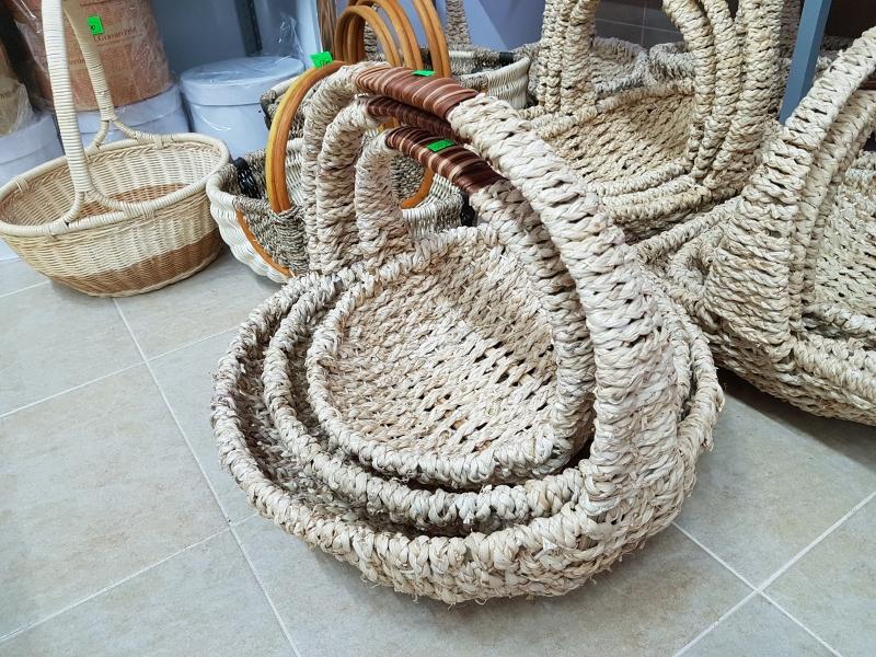 Корзины плетеные, ротанг