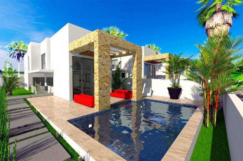 Вилла с бассейном в Испании