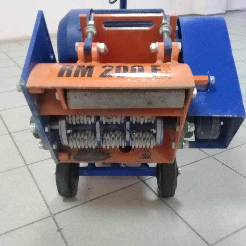Фрезеровальная машина для бетона и асфальта