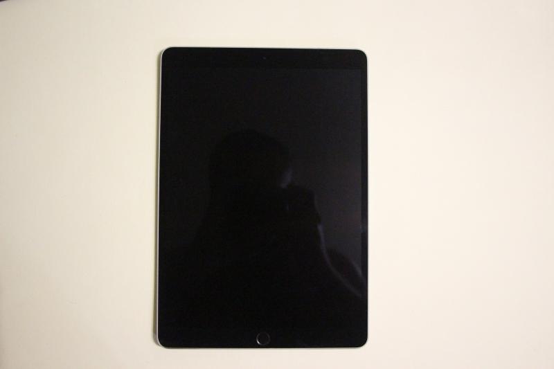 Продается iPad Pro 10.5-дюймовый, 64 Гб, состояние идеальное