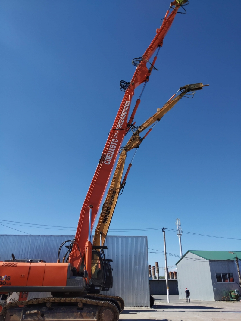 Продаю стрелу-разрушитель на экскаватор hitachi длиной 22 метра