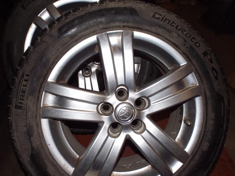 Комплект резины Pirelli 205/55 R16 на литых дисках 6,5jx16 б/у (пробег 6000 км)