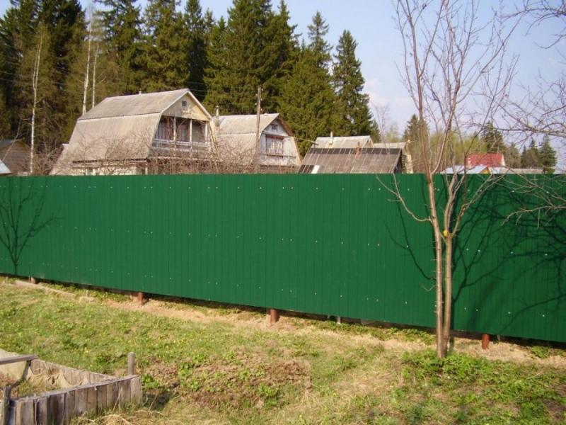 Заборы,бытовки,дачные домики из профнастила
