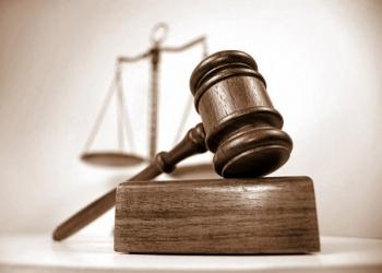 Юридические услуги, консультирование, арбитраж, представительство в суде.