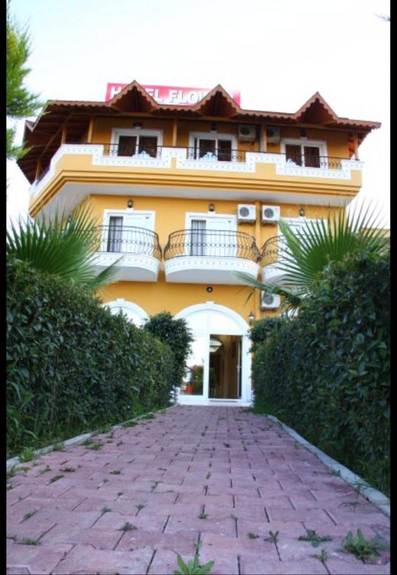 Прекрасный отель 3* с собственным пляжем
