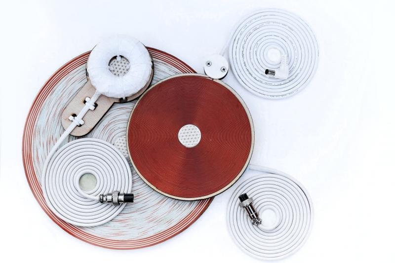 Аппарат электростатической физиотерапии АУРА