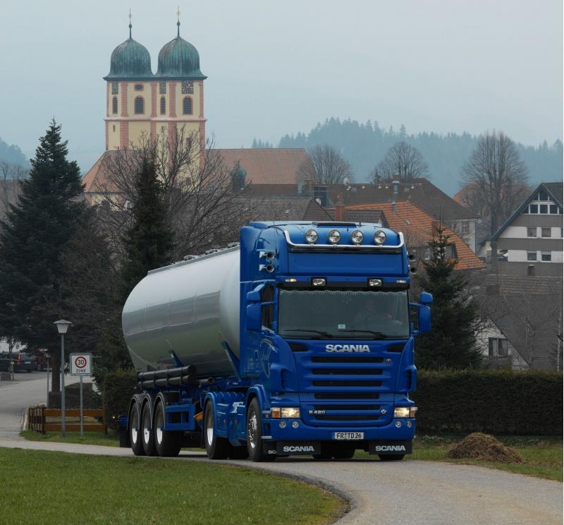 Перевозка мазута,битума и печного топлива. 2 Автомобиля скания, на 34 и 29 тонн