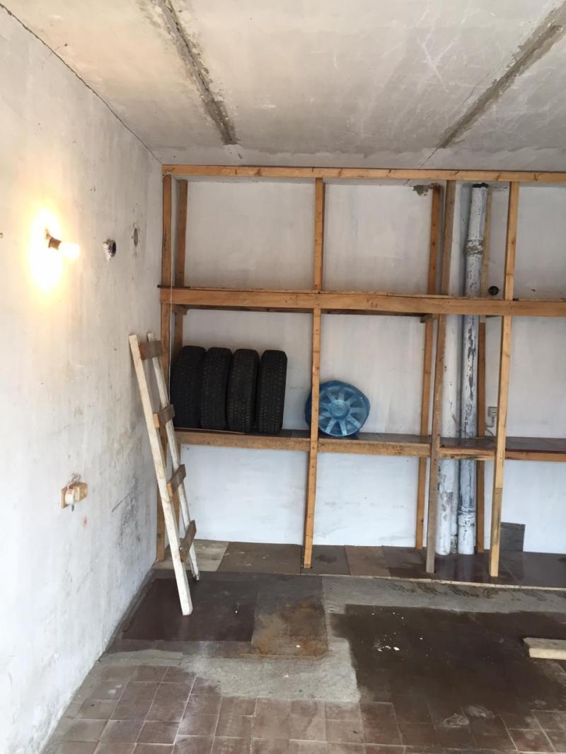 Продаю гараж в гаражном комплексе Автомобилист в Авиастроительном районе