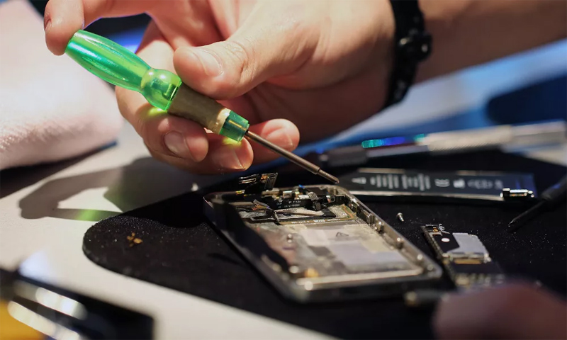 Ремонт телефонов, ноутбуков, компьютеров