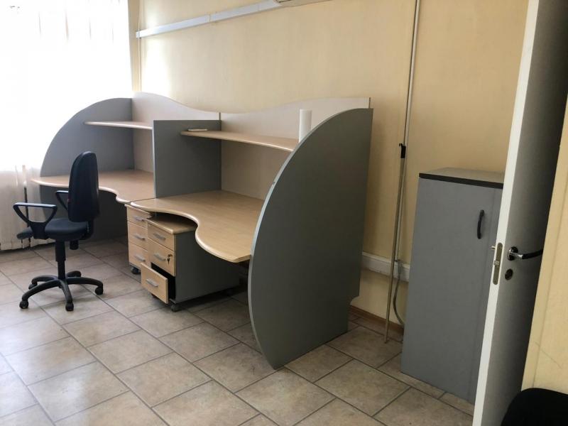 Офисная мебель - 14 предметов