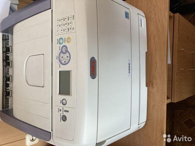 Цветной принтер бу OKI C822