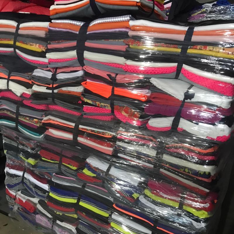 Продажа ткани, лоскут