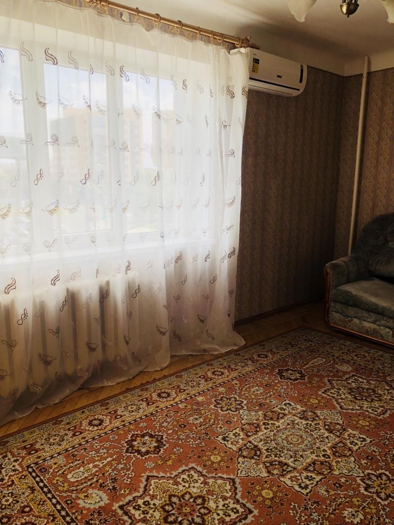 2ух комн. Квартира ,Тургенева  106 (42 м2)