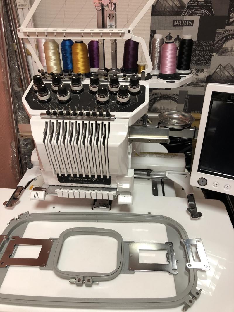 Вышивальная машина Brother PR1000e