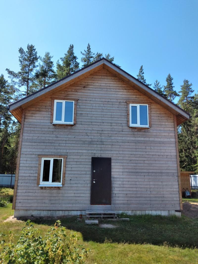 Продам коркасный дом 2х эт 140 м2 на разбор