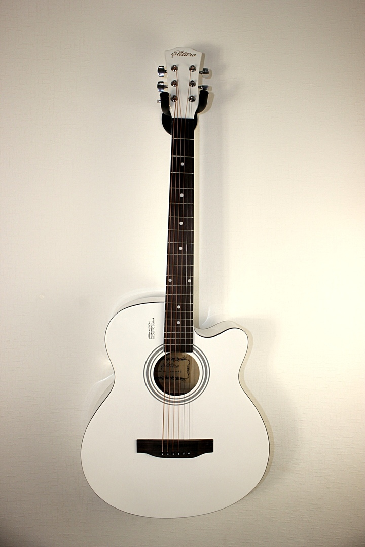 Гитара + курс обучения + тюнер + чехол