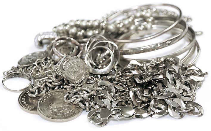 Купим лом ювелирных изделий из серебра
