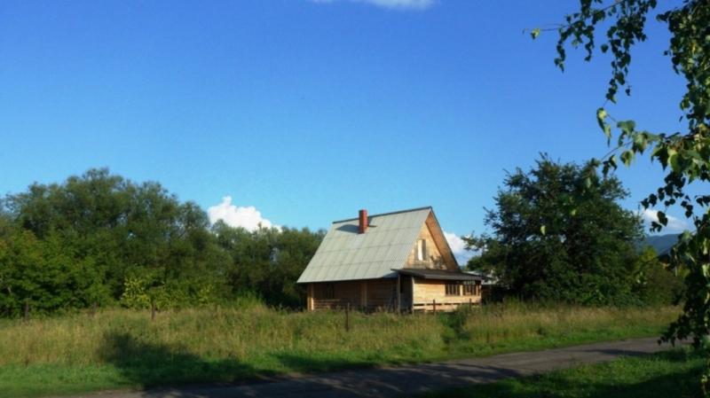 Дом в предгорьях Алтая