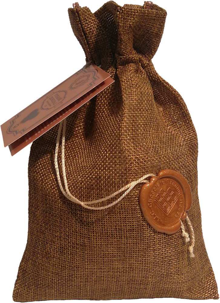 Кубики горького шоколада ручной работы в джутовом мешке 200г