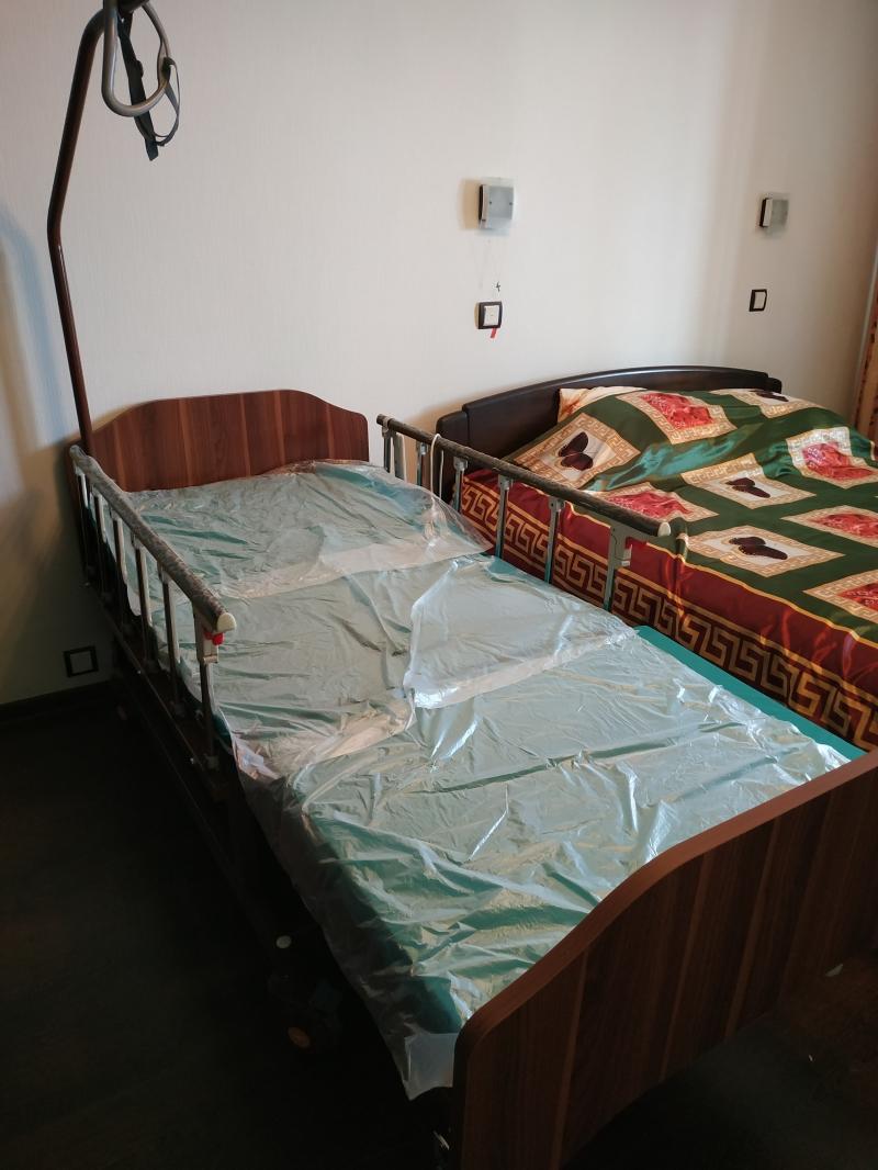 Кровать для обслуживания лежачего больного