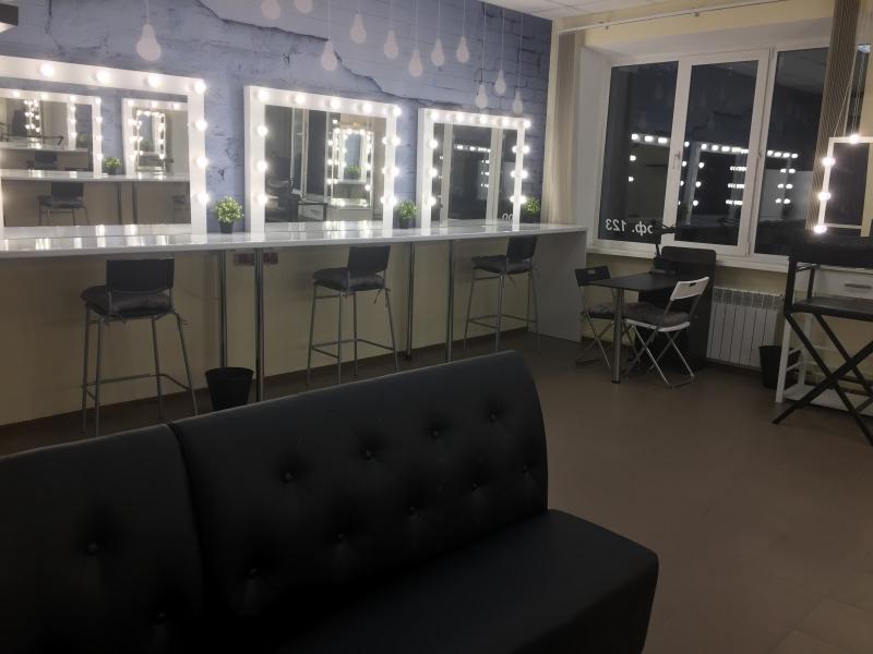 Рабочие места для Makeup и Nail профессионалов