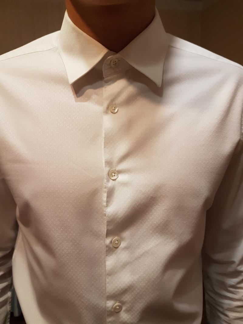Продаю белые мужские рубашки