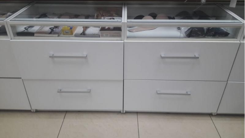 Тумба витрина с ящиками