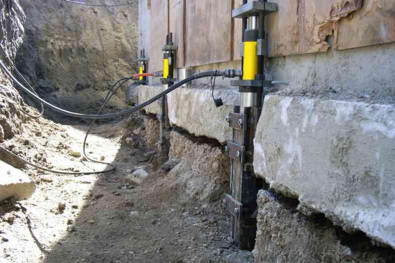 Усиление / ремонт фундаментов.