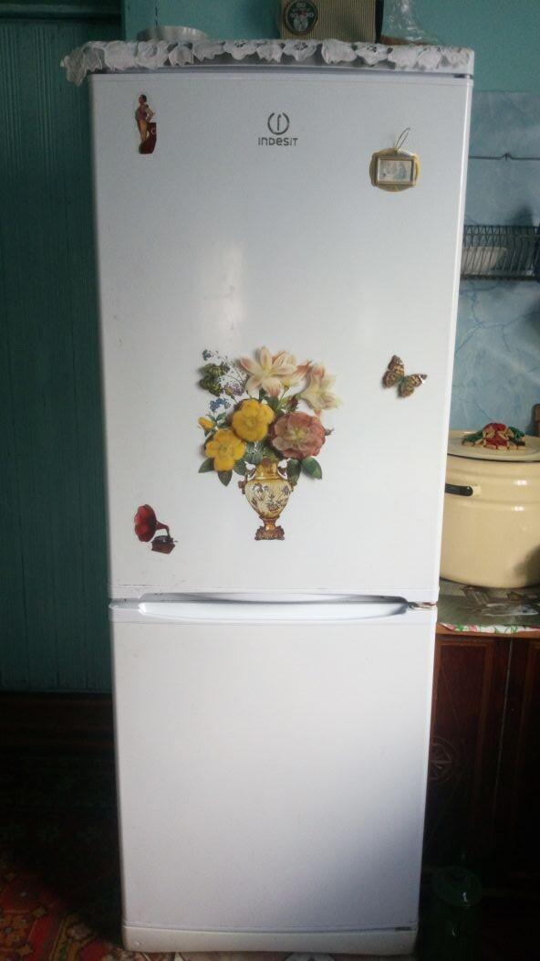 [Холодильник Индезит