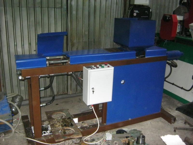 Мини термопластавтомат с объемом впрыска 100 см3