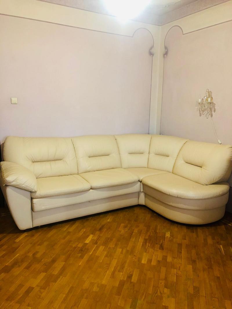 Продам итальянский диван-кровать кожа