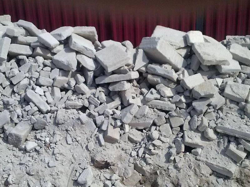 бой кирпича, строительный мусор