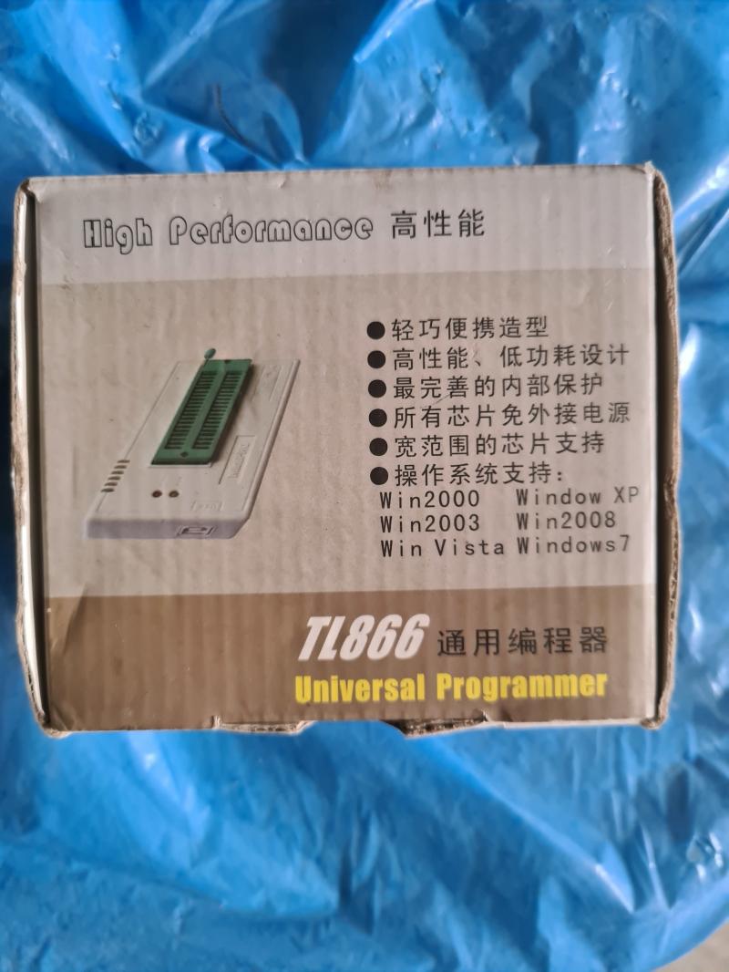 Программатор MiniPro TL866