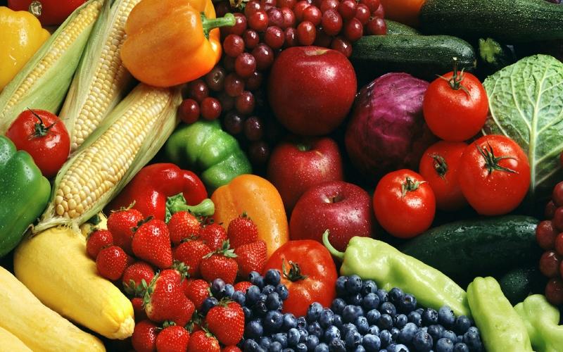 Хлеб и овощи /фрукты на корм Животных