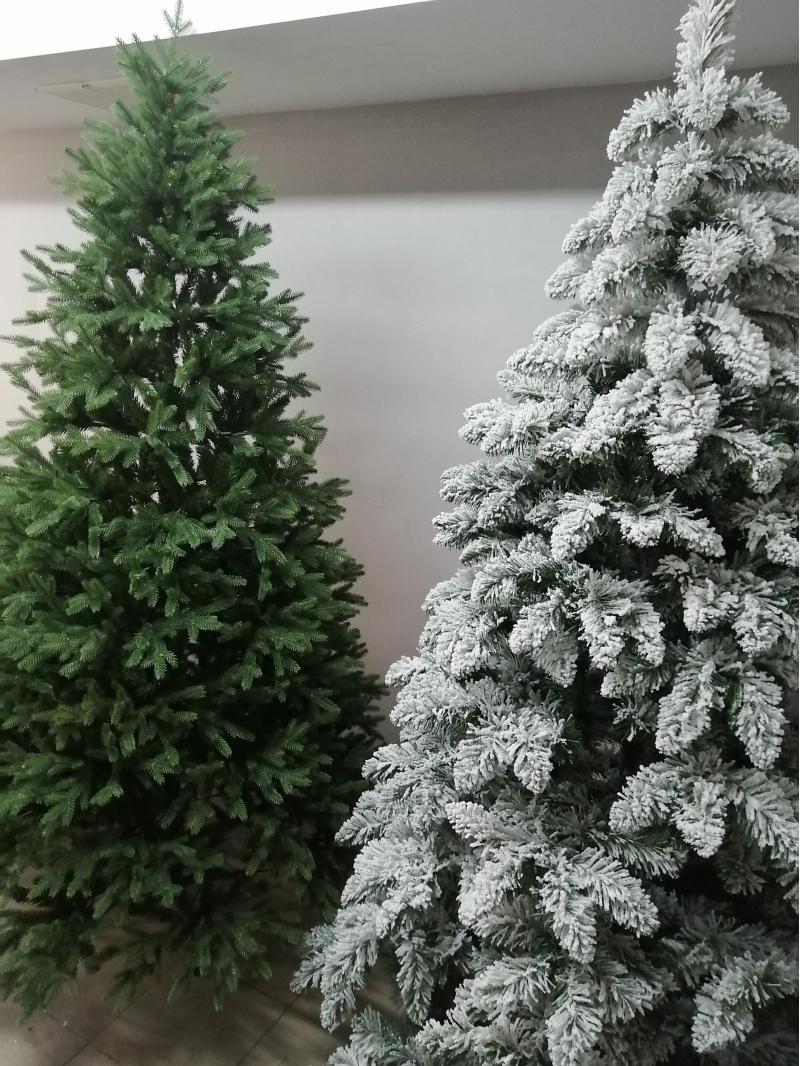 Искусственные ёлки для нового года и рождества